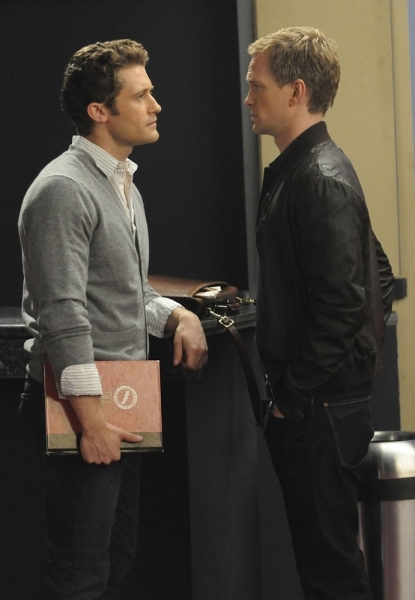Tn-500_117882_neil-patrick-harris-and-matthew-morrison-on-glees-on-may-18s-episode-dream-on