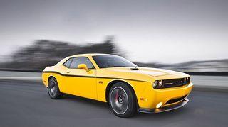 Dodge-challenger-srt_202513