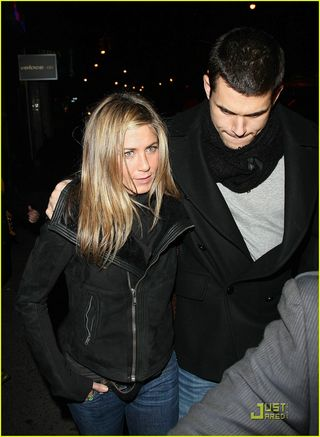 Jennifer-aniston-john-mayer-la-esquina-08