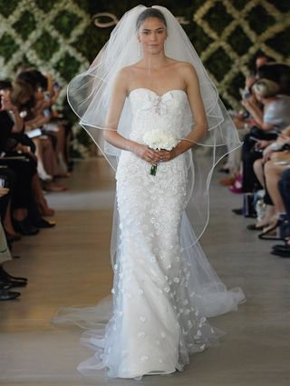 Oscar-de-la-renta-wedding-dresses