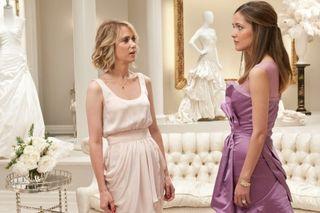 Kristen-wiig-rose-bryne-bridesmaids