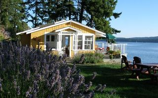Clam-beach-cottage