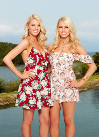The-twins-haley-ferguson-emily-ferguson-bachelor-in-paradise-2016-season-3-vertical
