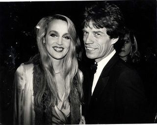 00ECCCEE00000190-3395017-Jerry_Hall_later_confessed_that_Mick_Jagger_had_seduced_her_whil-a-4_1452574021782