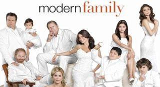 Tumblr_static_modernfamily