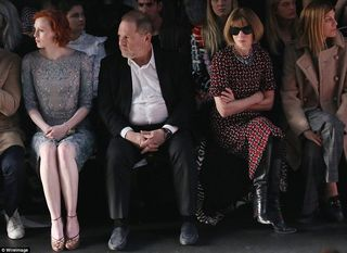 315438A500000578-3452997-Front_row_regulars_Anna_Wintour_surveyed_the_designs_through_her-m-4_1455815725731