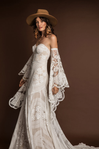 Adara-rue-de-seine-weddingdress